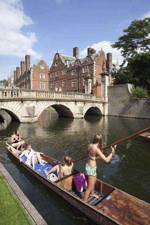 England, Cambridgeshire, Cambridge, Punting on River Cam with Saint John's College in the Background