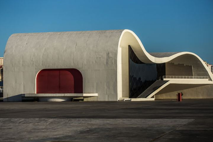 Niemeyer, The people's theatre