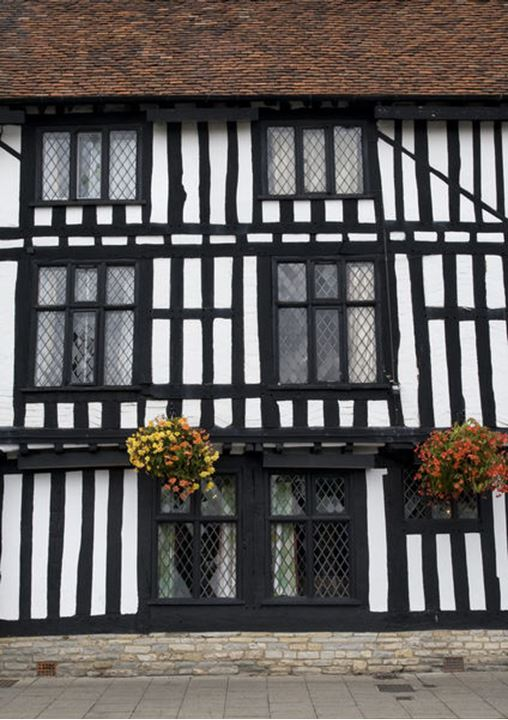 Facade of a house in Stratford upon Avon in England, no property release