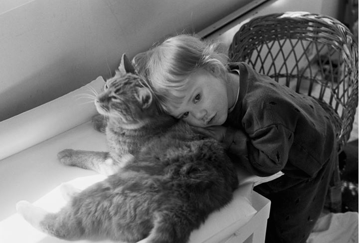 Moa with her cat