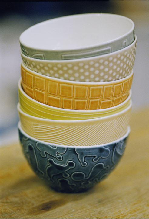 Bowls in different colours