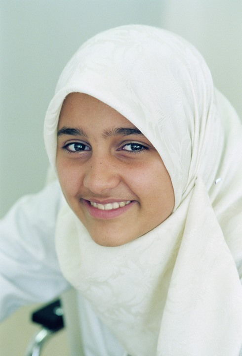 paola muslim girl personals Growing up, when it came to dating, relationships and girls, shaikh would experience one thing at home, another outside at home, there was no such thing as the words dating or relationships.
