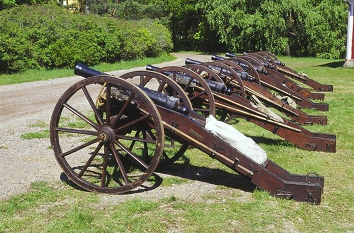 Cannons in a row