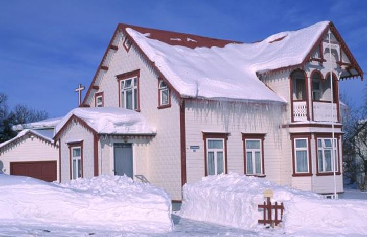 A house in snow