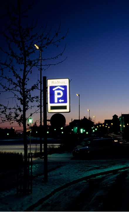 A parking sign in Reykjavik at night