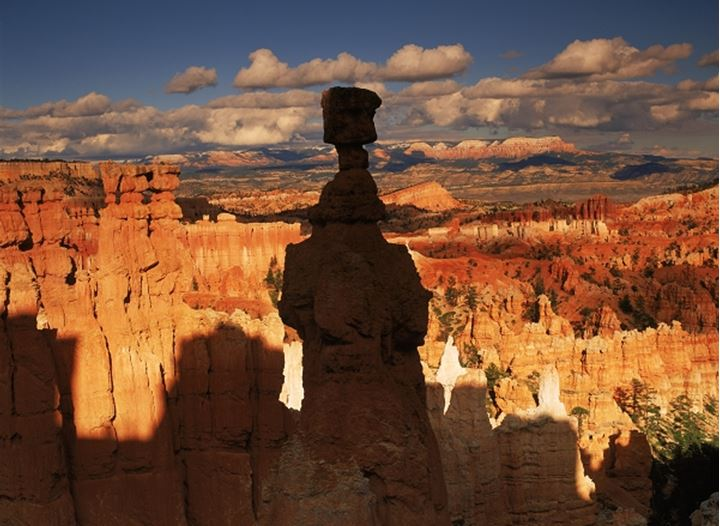 The Hoodoos rock formations in Bryce Canyon National Park at sunset in Utah