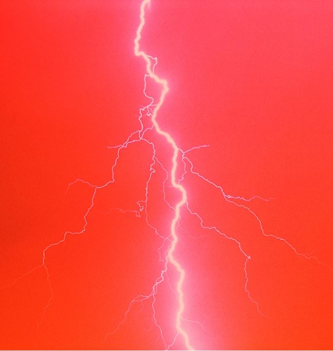 Static electricity from lightning bolt