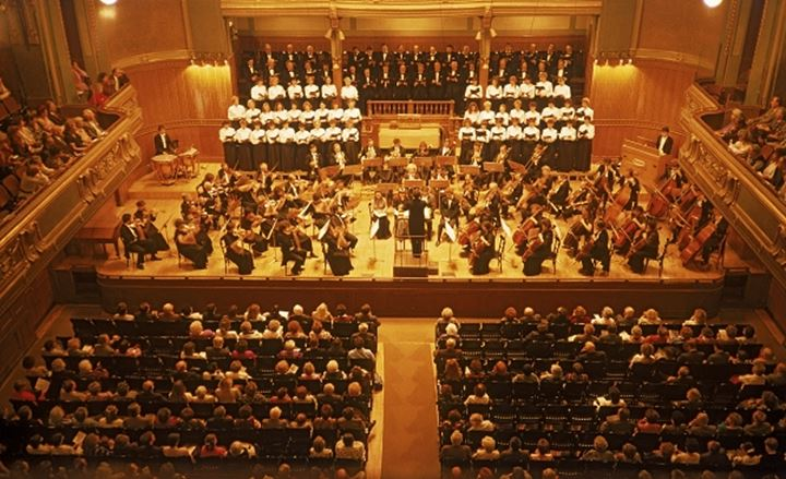Symphony orchestra and state choir in Budapest Hungary