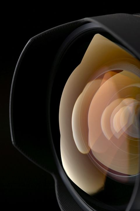 Reflection in the photographic lens