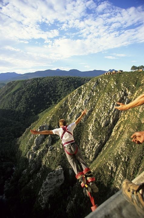 Byngy jumping off Bloukrans River bridge. Western Cape, South Africa.