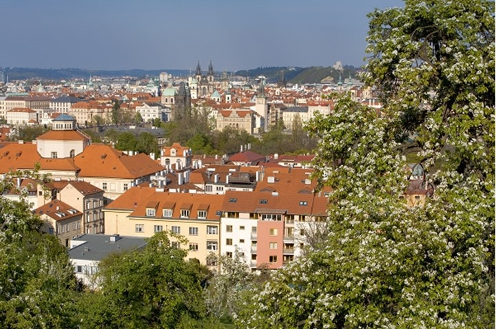 CZECH REPUBLIC PRAGUE THE OLD TOWN SEEN FROM PETRIN HILL