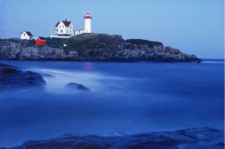 Cape Neddick Lighthouse at York Maine at night