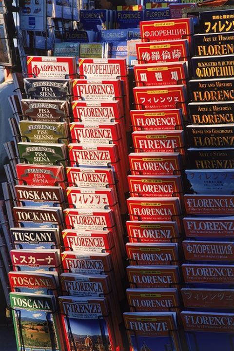 Souvenir books on Florence and Toscany in variety of languages at Plaza Michelangelo