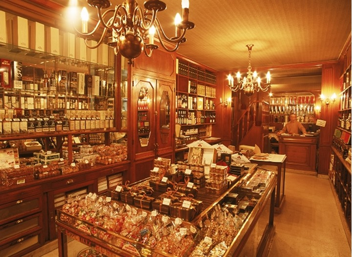 Food and wines and fine deserts  in Epicerie shop in Paris