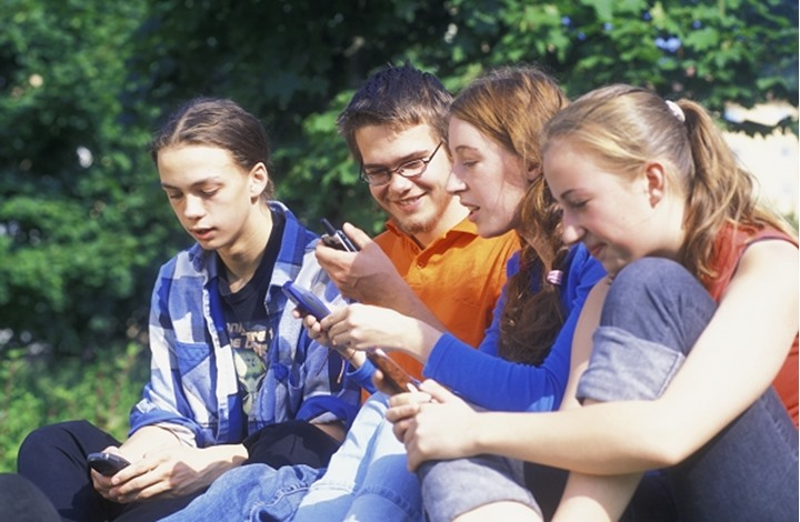 Teens with cell phones MODEL RELEASED