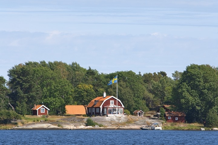 SWEDEN STOCKHOLM ARCHIPELAGO HOUSE ON ISLAND