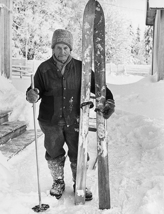 Black and white of Olle Nilsson Klumpen with old ski,Jamtland
